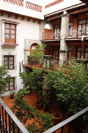 Socavon: Interior courtyard/atrium