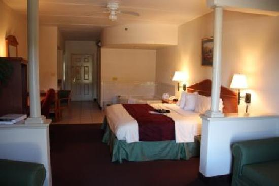 The Inn at South Padre: King Jacuzzi Suite