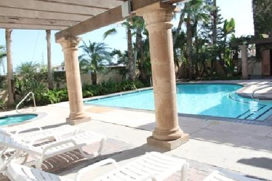 The Inn at South Padre : Pool area