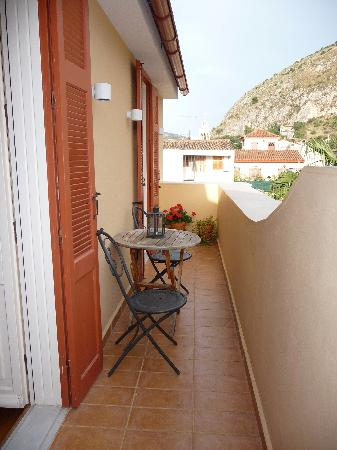 Aetoma Hotel: Another part of the balcony