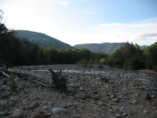 Crawford Notch General Store and Campground: Dusk along the river.