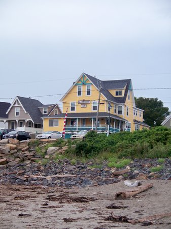 Katahdin Inn on the Beach: The inn from Short Sands Beach
