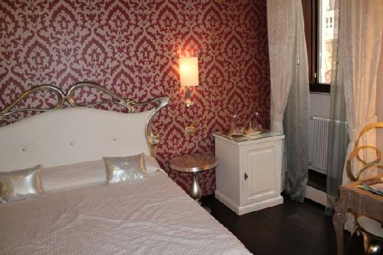 Locanda del Sole Luxury Suite Rome: Butterfly Room