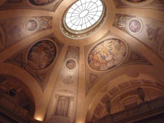 พิพิธภัณฑ์วิจิตรศิลป์: La coupole du musée
