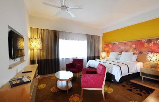 M Suites Hotel: PREMIERE STUDIO SUITE
