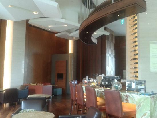 Courtyard by Marriott Seoul Times Square: Coffee Shop