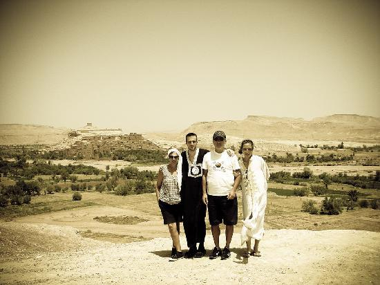 Sahara Exploring Expedition Day Tours: Con la Família