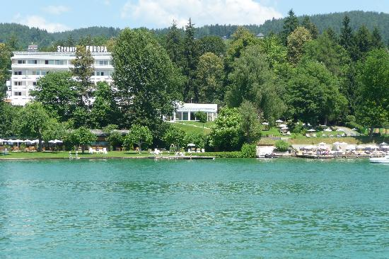 Seehotel Europa: View from a boat on Wörter see