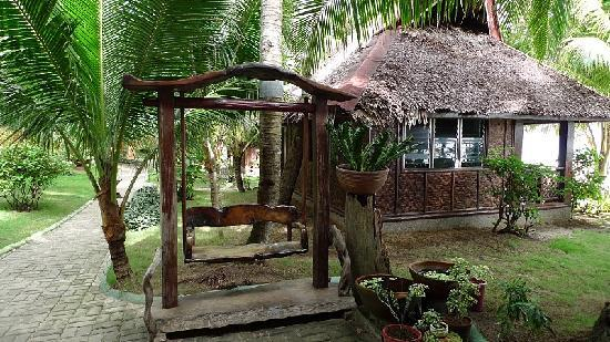 Alona Tropical Beach Resort: Old Family Cottage