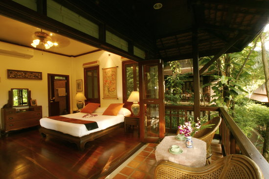 แรบบิท รีสอร์ท: Beautiful upstairs forest roomoverlooking the poolroom
