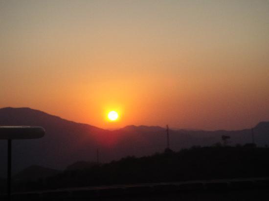 Las Nuevas Alora: Ah, those sunsets....