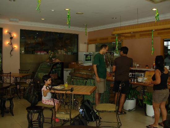 Seri Borneo Hotel: D'Borneo : dining cum cafeteria