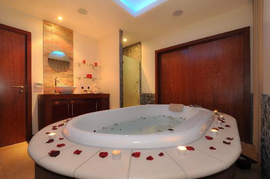 Maldron Hotel Sandy Road Galway Spa