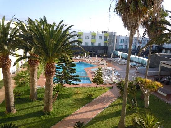 Hotel THe Corralejo Beach : vista dal balcone