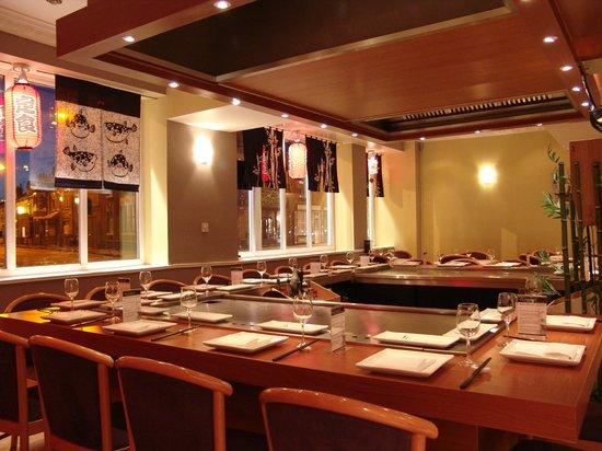 White Lotus Goomet Restaurant: is goomet in inside