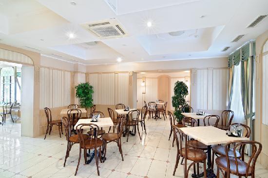 Hotel Cameo: Cafe
