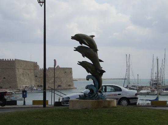 โรงแรมเอเทรียน: Porto di Heraklion