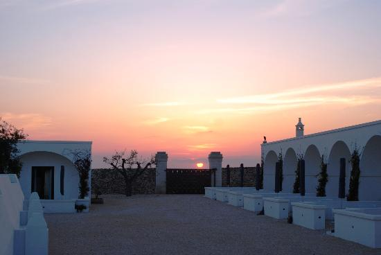 Masseria Bagnara Resort & Spa: tramonto in masseria