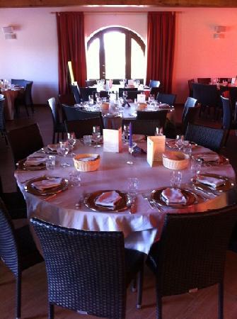 Il vecchio casale da dove prende il nome il ristorante foto di ristorante casale nuovo - Dove comprare un leggio da tavolo ...