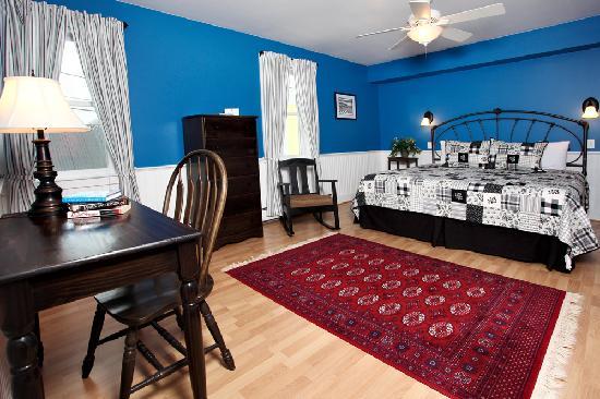 Yellow Farmhouse Inn : Our Nicole Room