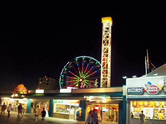 Ocean City, Nueva Jersey: castaway pier at night