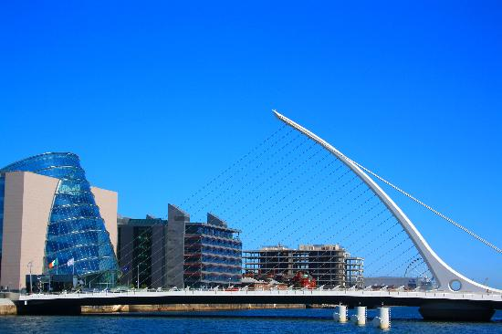 Dublin, Irland: Blue Liffey Glass