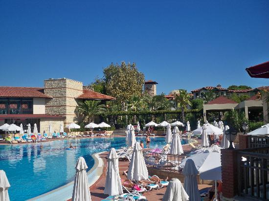 La piscine picture of paloma grida resort spa belek for Piscine 07500