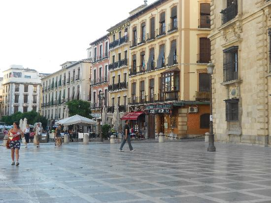Hotel Anacapri: Outside of the hotel