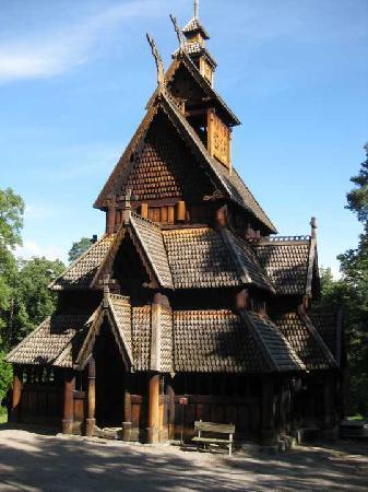 พิพิธภัณฑ์ท้องถิ่นนอร์เวย์: Stave church