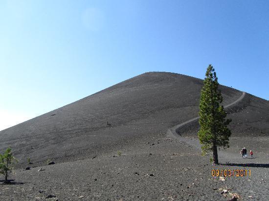 Lassen Mineral Lodge: Cinder Cone