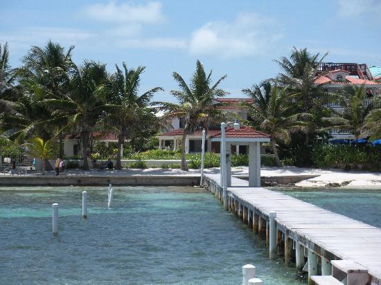 Belize Tradewinds Paradise Villas: their dock