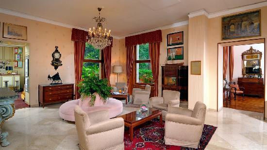 BEST WESTERN Hotel Regina Elena: Saloni inizio '900 - 3