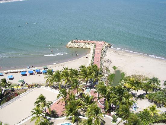 Playas, Ecuador: El rompe olas de Gral. Villamil, un lindo lugar :)