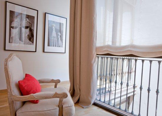 Apartments Sixtyfour : Living Room | Sala de estar