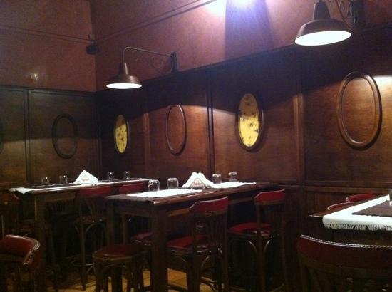 Taverna Mascalzone: la sala
