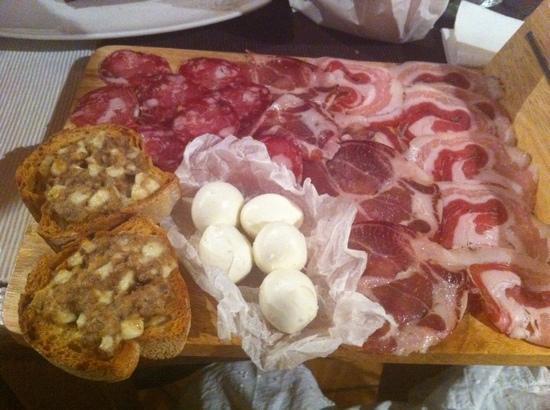 Taverna Mascalzone: il tagliere