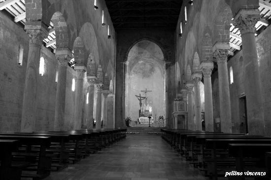 Casertavecchia: chiesa