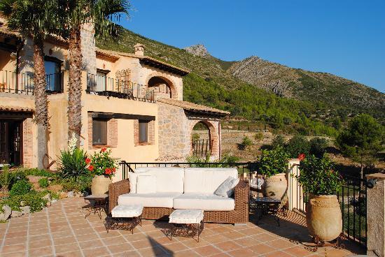 Caserio del Mirador: The house from the Mirador