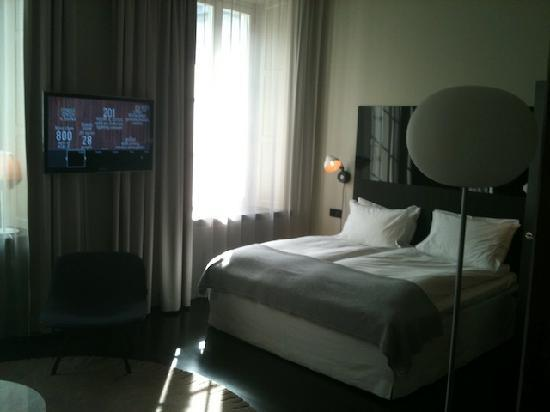 Nobis Hotel: Deluxe double with double bed and TV