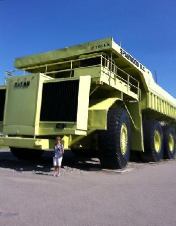 Sparwood, Kanada: World's Largest Truck