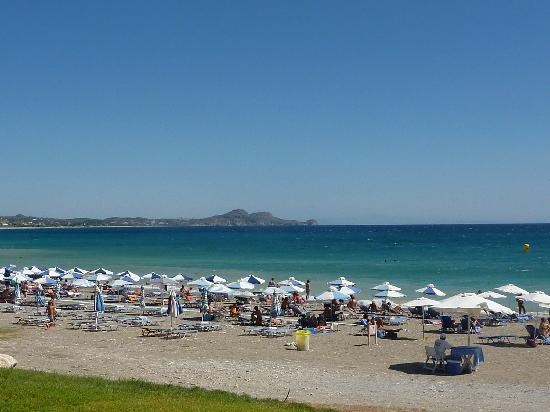 Sentido Port Royal Villas & Spa : Beach in front of hotel