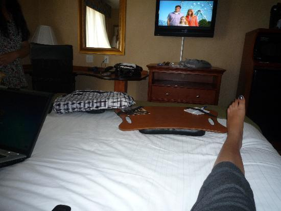 Holiday Inn Express Hotel & Suites : 2 queen room