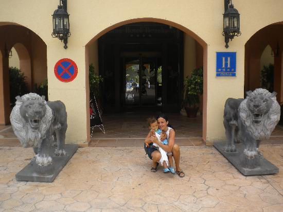 Gran Hotel Benahavís: Entrada