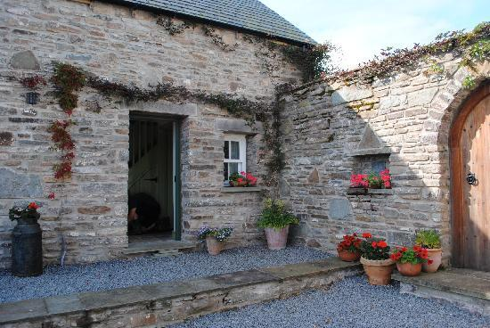 Alltybrain Farm Cottages: Hayloft