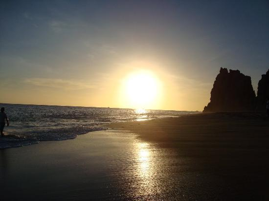 Playa del Amor (Lover's Beach): Sunset on Lover's Beach!
