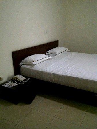 Hotel IBA -ボボ・ディウラッソ-...