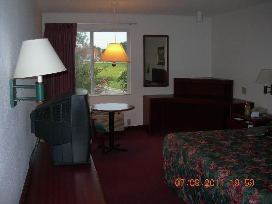 Motel 6 Rocky Mount: main view