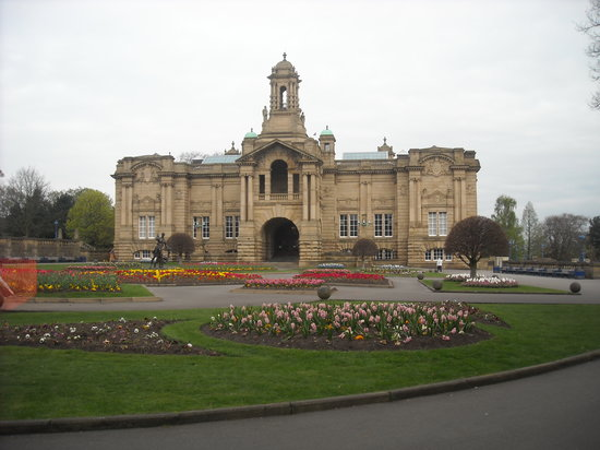 Bradford, UK: Cartwright Hall