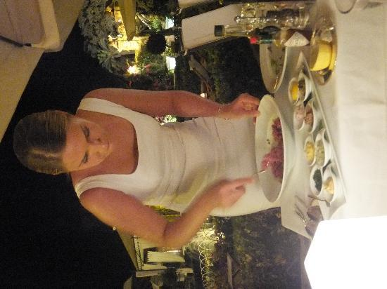 Luna the Restaurant at Palazzo Parisio: Bespoke tartare at your table