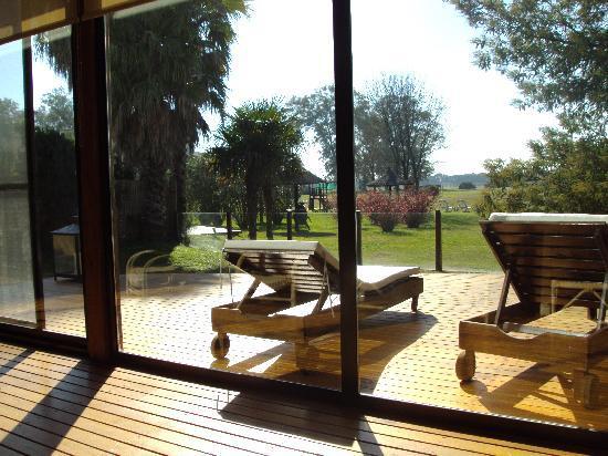 Polo Hotel Resort & Spa: otra vista desde el interior de la sala de relax del spa